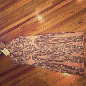 Golden dress never worn size 2